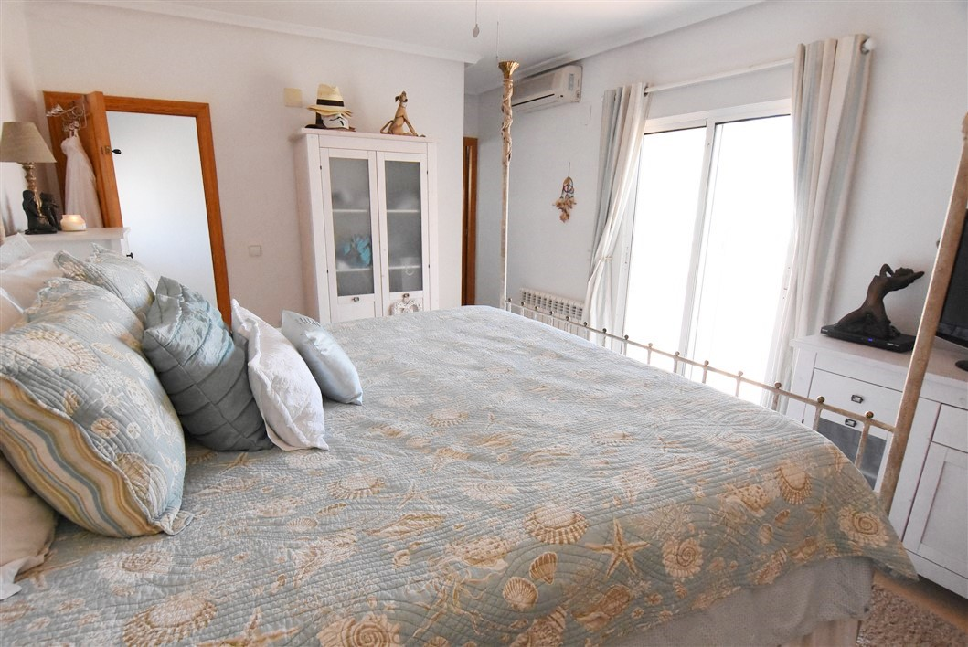 Propery For Sale in Camposol, Spain image 31