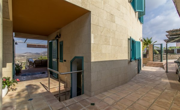 Propery For Sale in Isla Plana, Spain image 27
